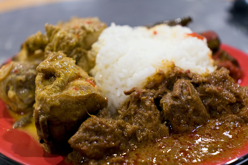 Beef Rendang And Chicken Curry